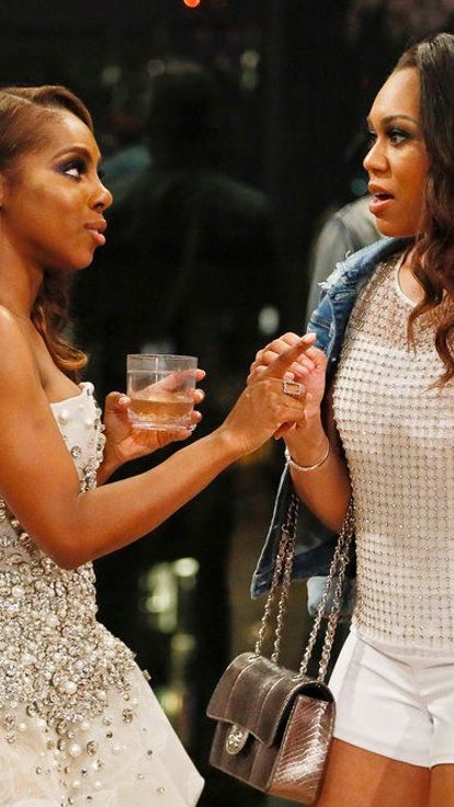 """This Precise Timeline Of Monique and Candiace's Relationship Shows How We Got to """"The Fight"""""""