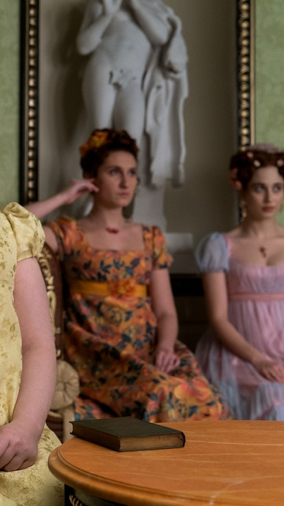Every Clue To Lady Whistledown's Identity In 'Bridgerton'