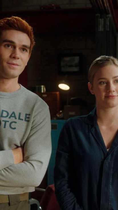 'Riverdale' Writer Teases More Bughead & Writing Barchie Storylines