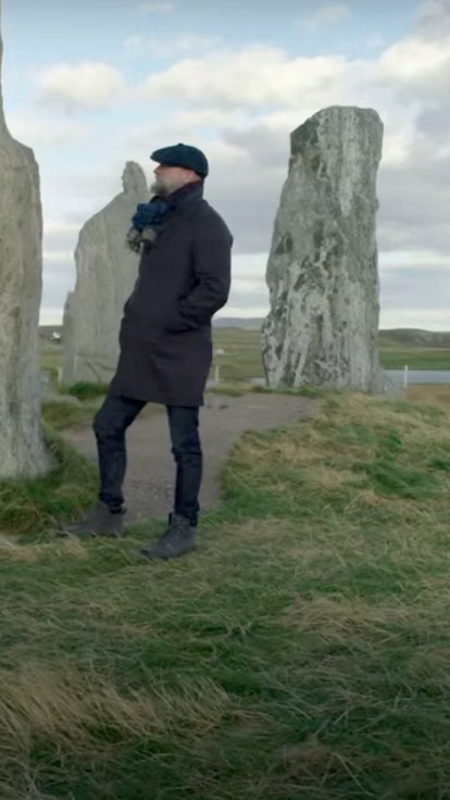 Sam Heughan Tried To Go Through The 'Outlander' Stones On 'Men In Kilts,' But He's No Claire