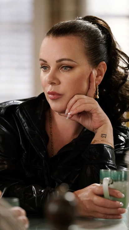 'Younger' Stars Debi Mazar & Molly Bernard On Cast Friendships & What They'd Want From A Spin-Off