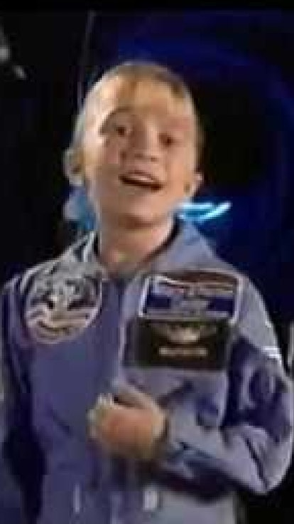 'I Am The Cute One' Sends Mary-Kate & Ashley To Space