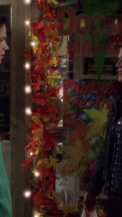 Just Me, Or Did Lorelai & Dean Have Sexual Tension?