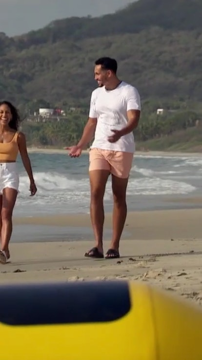 How Tall Is Thomas On 'Bachelor In Paradise'? Possibly The Tallest Man To Ever Live